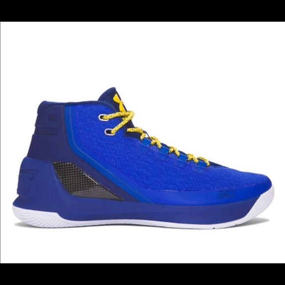 Curry 3 Boys Basketball Sneaker
